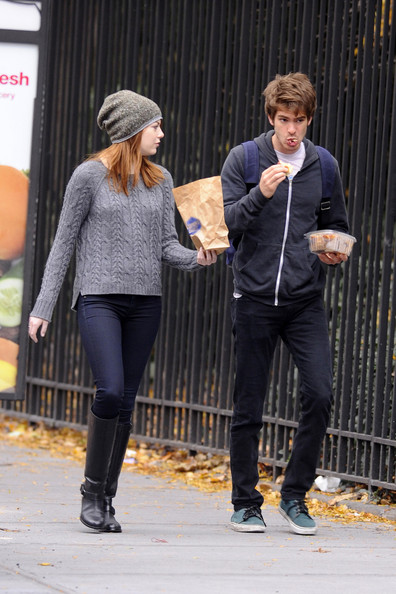 Emma stone and andrew garfield relationship