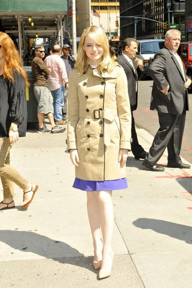 laest technology a few days away 2019 clearance sale Emma Stone Photos Photos - Emma Stone looks sophisticated in ...