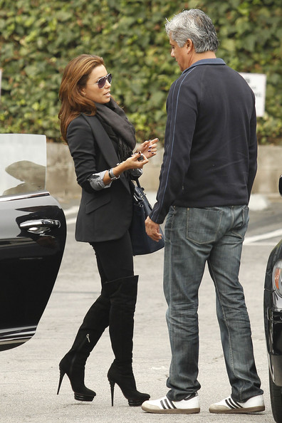 Eva Longoria Parker has lunch at Katsuya with a male friend. The