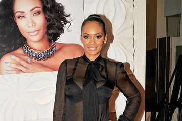 Evelyn Lozada Celebs at the Le Posh Nail Spa in LA