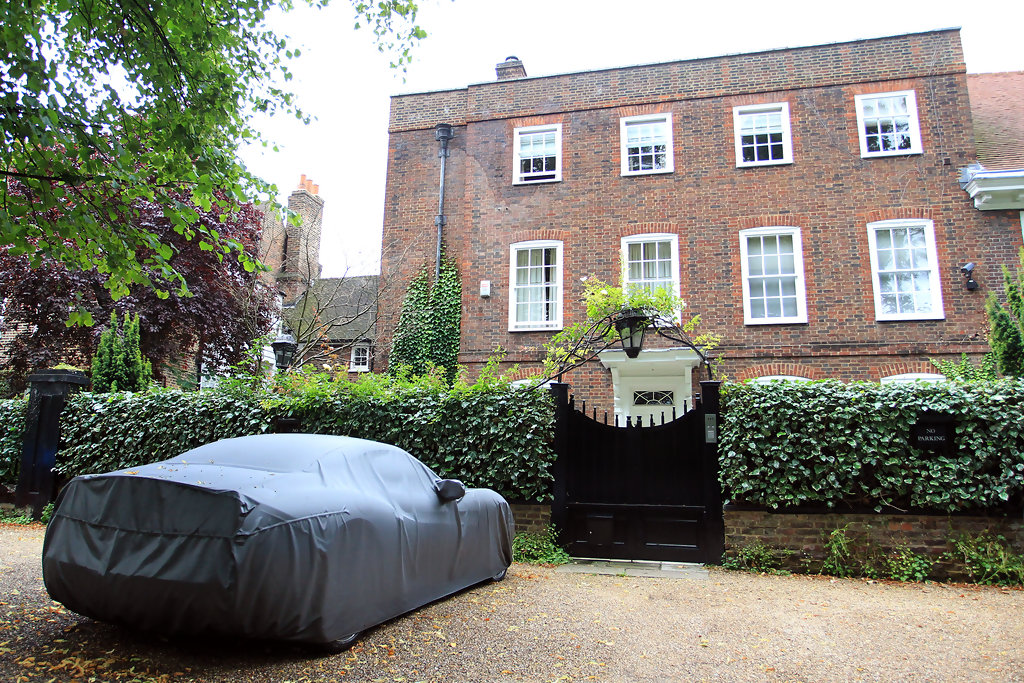 george michael 39 s ferrari outside his london home zimbio