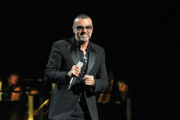 Terrifying: George Michael Fell Out of a Moving Car on the Freeway