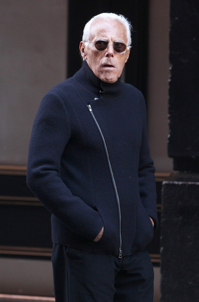 Giorgio Armani Italian designer Giorgio Armani stops at the Apple ...