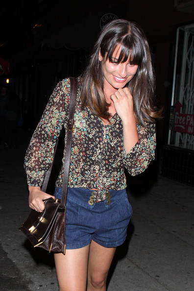 http://www2.pictures.zimbio.com/pc/Glee+star+Lea+Michelle+dines+out+boyfriend+7WGhf6_cdkHl.jpg?44525PCN_Glee14