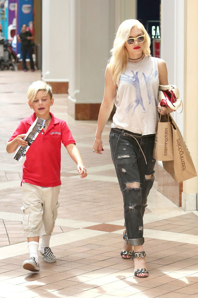 Gwen Stefani Shops with Her Son