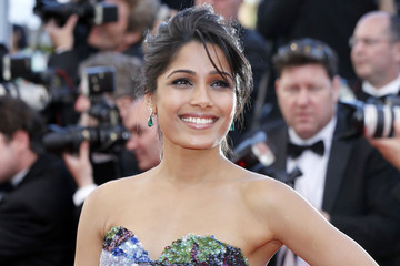 30 Most Beautiful Women In The World, According to Hollywood Buzz