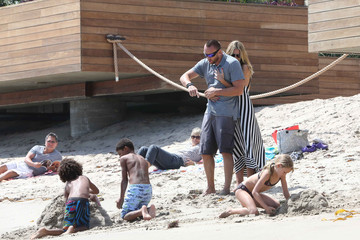 Heidi Klum Heidi Klum Takes Her Family to the Beach