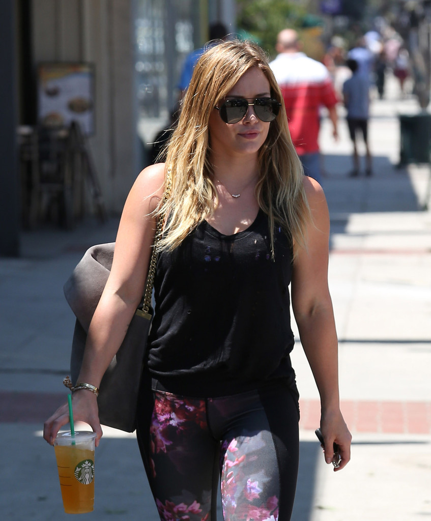 hilary duff tight pussy