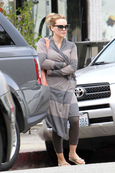 hilary duff 2011 news. Hilary Duff in Studio City