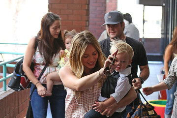 Hilary Duff Mike Comrie Hilary Duff's Son Graduates from a Baby Class