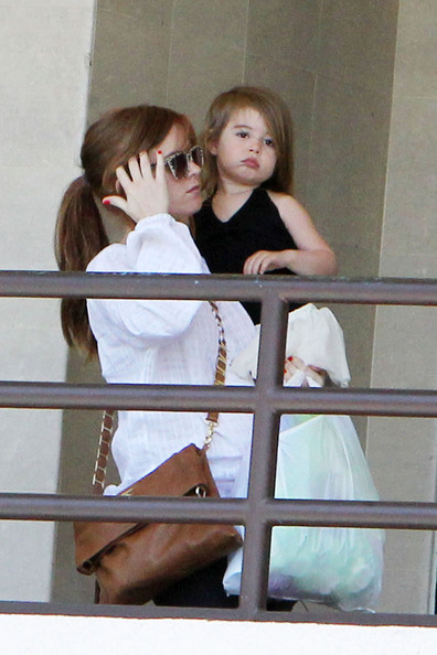 isla fisher daughter. Isla Fisher and Her Daughter