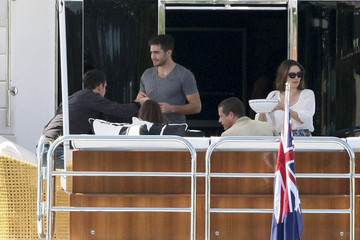 Anne Hathaway Jake Gyllenhaal and Anne Hathaway on a Yacht in Sydney Harbour