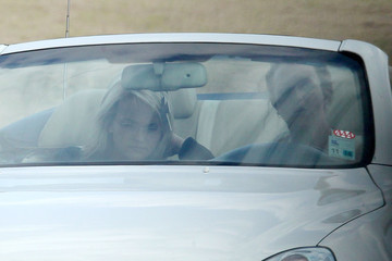Jamie Lynn Britney Spears Out Driving With Her Sister