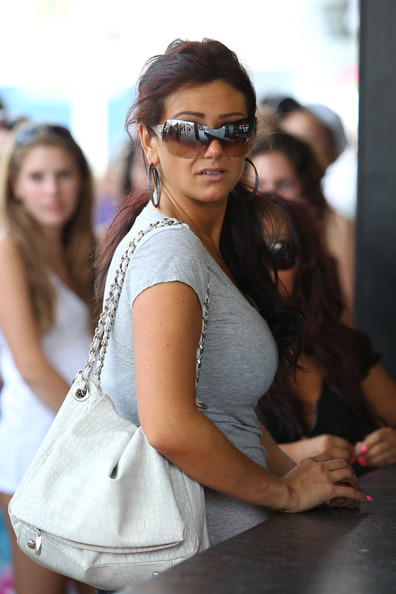 97e1a0ef166 Jenni Farley Photos Photos - Snooki and JWOWW on the Boardwalk - Zimbio