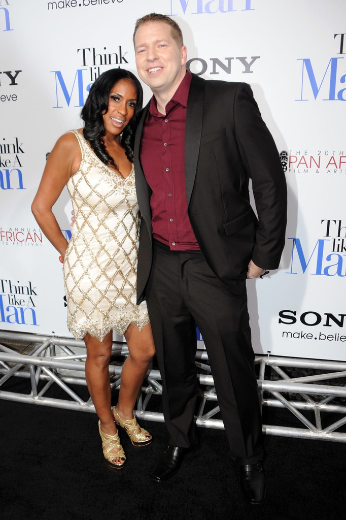 gary owen photos photos stars at the premiere of 39 think. Black Bedroom Furniture Sets. Home Design Ideas
