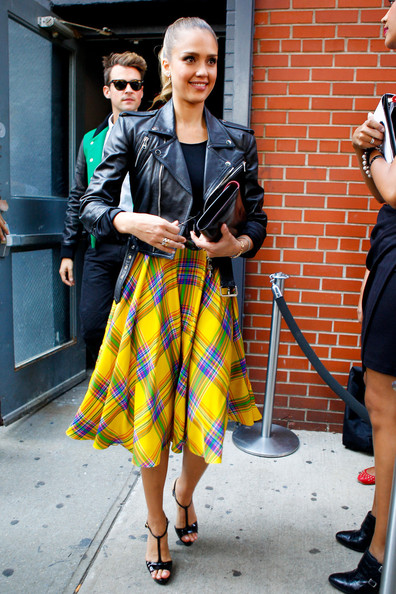 Jessica Alba - Jessica Alba at Fashion Week