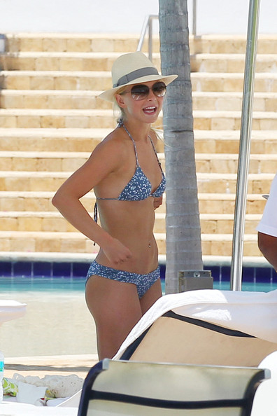 Miami Julianne bikini hough