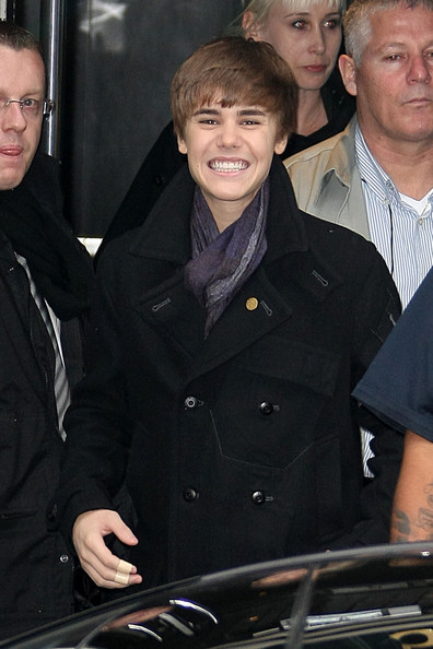 Justin Bieber Bieber Fever Hits Paris! Justin Bieber is all smiles for photographers and his fans as he heads to the French radio station NRJ for an appearance.