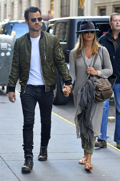 justin theroux photos photos jennifer aniston and justin