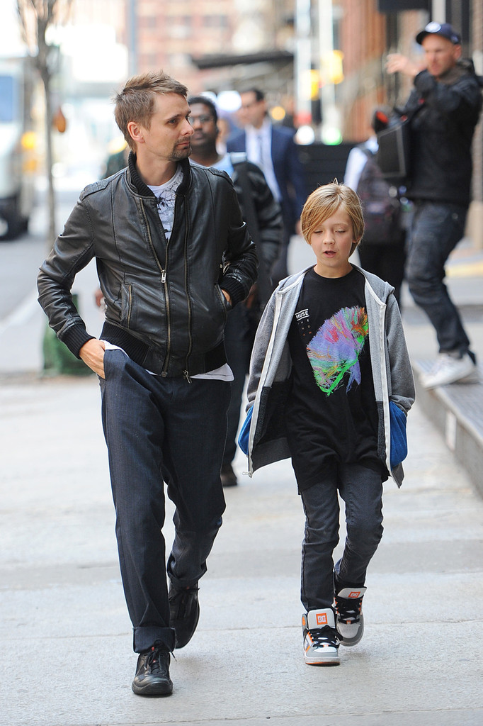 Matt Bellamy in Kate Hudson Gets Breakfast With Her Family ...