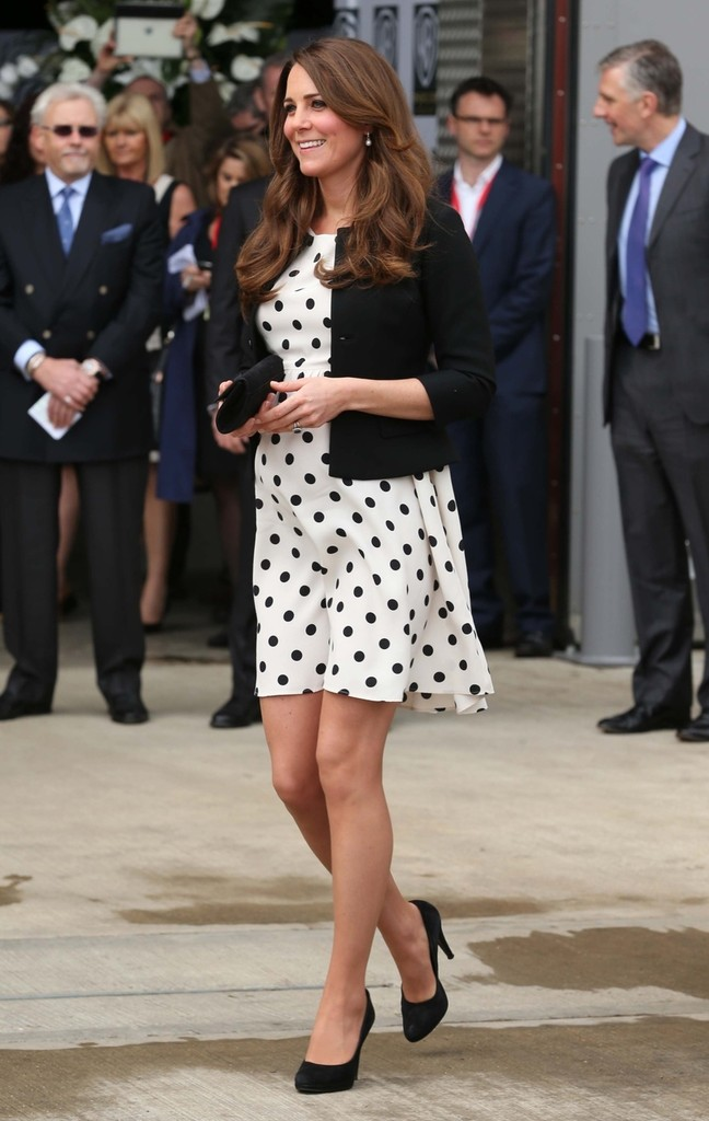 Kate Middleton - The British Royals Tour the Warner Bros. Studios 14