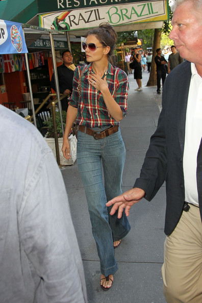 Katie Holmes in Stylish High Waisted Jeans - Zimbio
