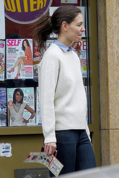 Katie Holmes Shops With Friends