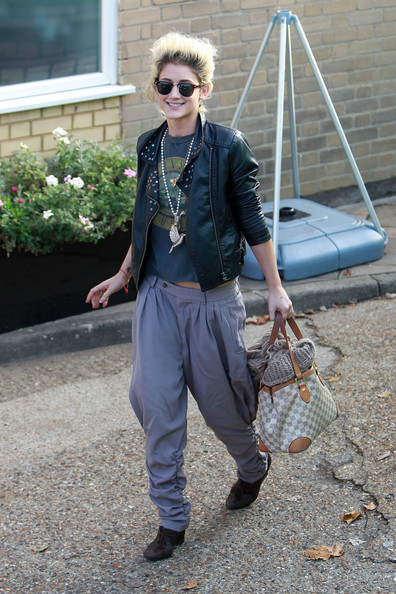 "Katie Waissel Katiie Waissel up bright and early for rehearsals at the Fountain Studios ahead of Sunday night's live double elimination in ""The X Factor"". Katie carries a Louis Vuitton bag."