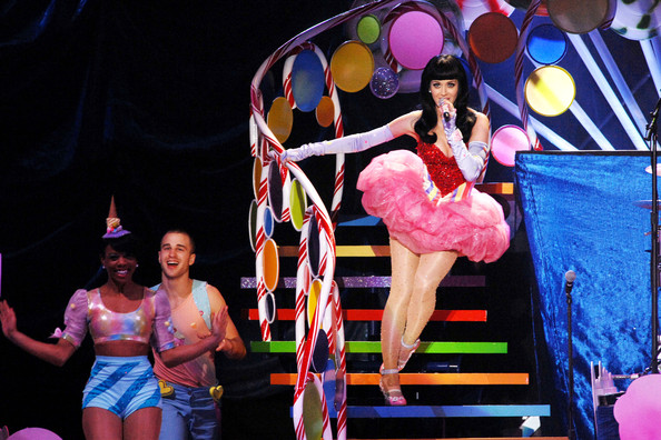 http://www2.pictures.zimbio.com/pc/Katy+Perry+Katy+Perry+Continues+California+p2B_E2ukHnJl.jpg
