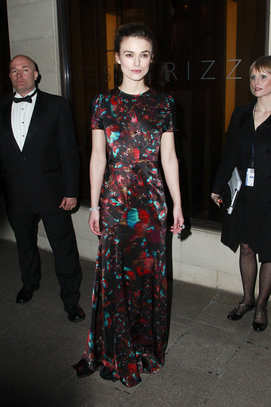 http://www2.pictures.zimbio.com/pc/Keira+Knightley+Keira+Knightley+Laurence+Olivier+P_1nV93AK6Ll.jpg