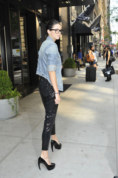 Kendall Jenner Kendall Jenner leaves her New York hotel in black heels and a pair of sequined harem pants. Kendall and her sister Kylie are getting their first dose of New York Fashion week with Kylie getting a chance to walk the runway during New York's most prestigious fashion event. Kylie recently walked as a runway model in brother Brody Jenner's girlfriend's show, singer Avril Lavigne.