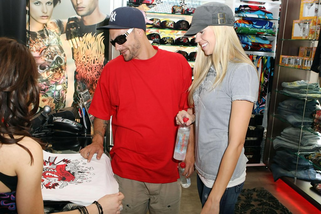 kevin federline dating 2012 Britney spears' ex, jason trawick, dating hunger glimmer in 2012 in the first film spears' ex-husband kevin federline even told tmz that lucado is a.