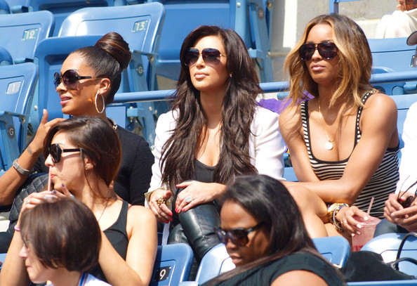Kim Kardashian Kim Kardashian and friends Ciara and La La Anthony cheer for Serena Williams at the US Open in New York. Kim and friends were Serena's guests and they cheered her on from the box during her quarterfinal win over Anastasia Pavlyuchenkova in merely 2 sets. The US Open is currently being held at the Billie Jean King Tennis Center in Flushing Meadows, Queens.