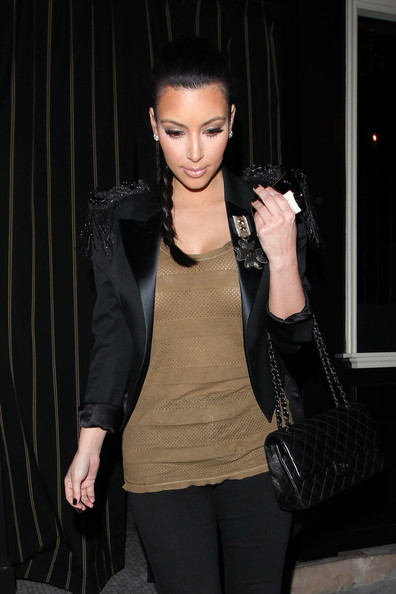 Kim Kardashian Kim Kardashian visits Il Sole restaurant to meet friends for dinner.