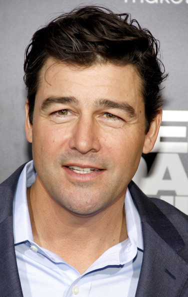 Kyle Chandler Kyle Chandler at the Los Angeles premiere of 'Zero Dark Thirty' held at the Dolby Theatre in Los Angeles.