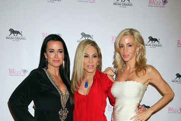 Camille Grammer Kyle Richards Reality Stars at the Opening of Blizz Frozen Yogurt in Vegas