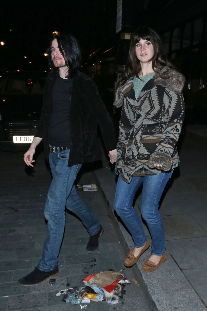 Lana Del Rey and Barrie-James O'Neill Out Together - Zimbio