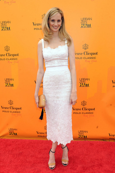 Lauren Santo Domingo Lauren Santo Domingo arrives at the Veuve Clicquot Polo Classic event at Governor's Island, New York.