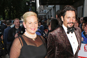 Laurence Llewelyn Bowen Celebs at the TV Choice Awards — Part 2