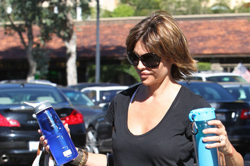 Lisa Rinna Lisa Rinna at the Beverly Glen Market for Lunch