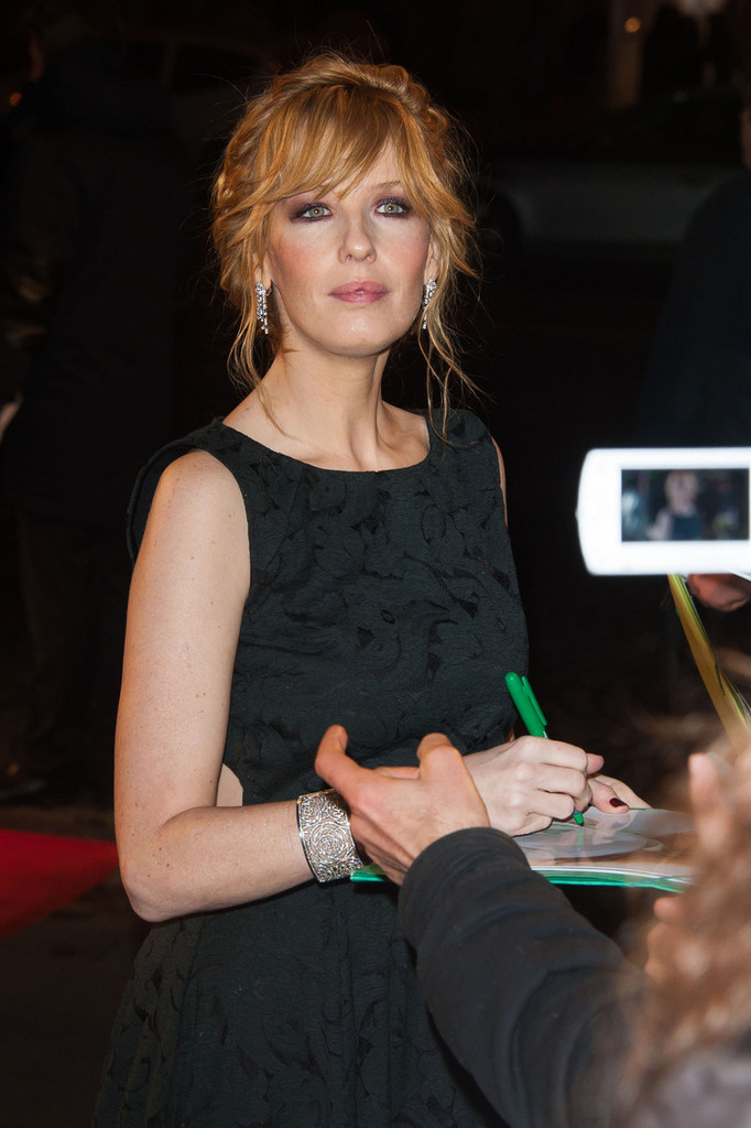 Kelly Reilly Photos Photos Celebs At The French Premiere