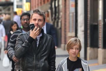 Matt Bellamy Kate Hudson and Matt Bellamy take kids Bingham and Ryder out for breakfast at Bubby's Restaurant in New York City