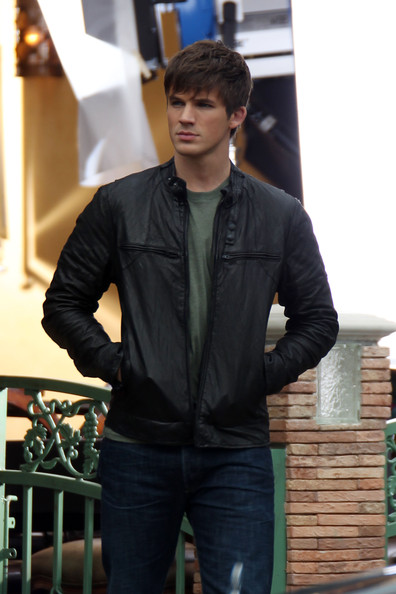 "Matt Lanter Matt Lanter is spotted on the set of ""90210"" in Los Angeles."