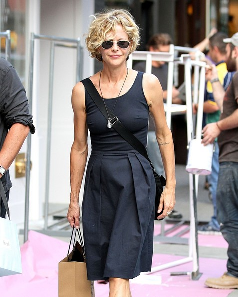 Meg Ryan and John Mellencamp Take a Stroll []