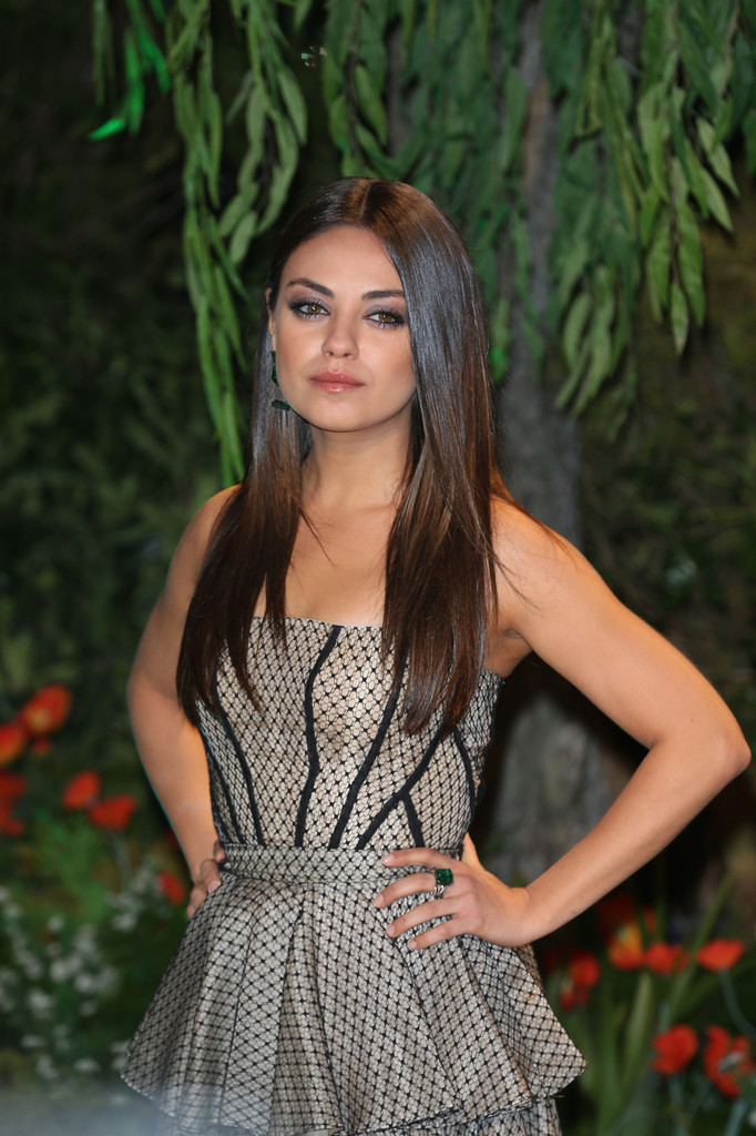 mila kunis in yellow brick road arrivals at the oz