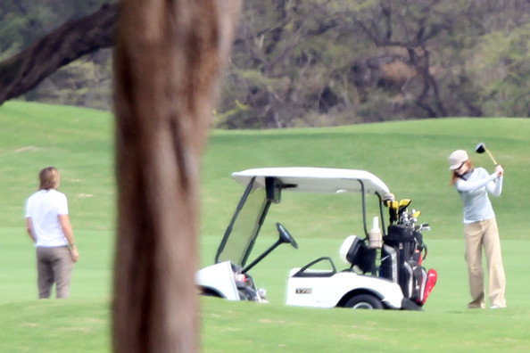 Nicole Kidman and Keith Urban Play Golf in Hawaii