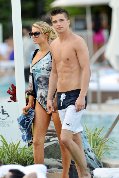 Paris+Hilton in Paris Hilton and River Viiperi at the Pool