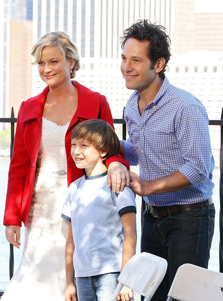 Amy Poehler Photos Photos - Paul Rudd and Amy Poehler Film ...