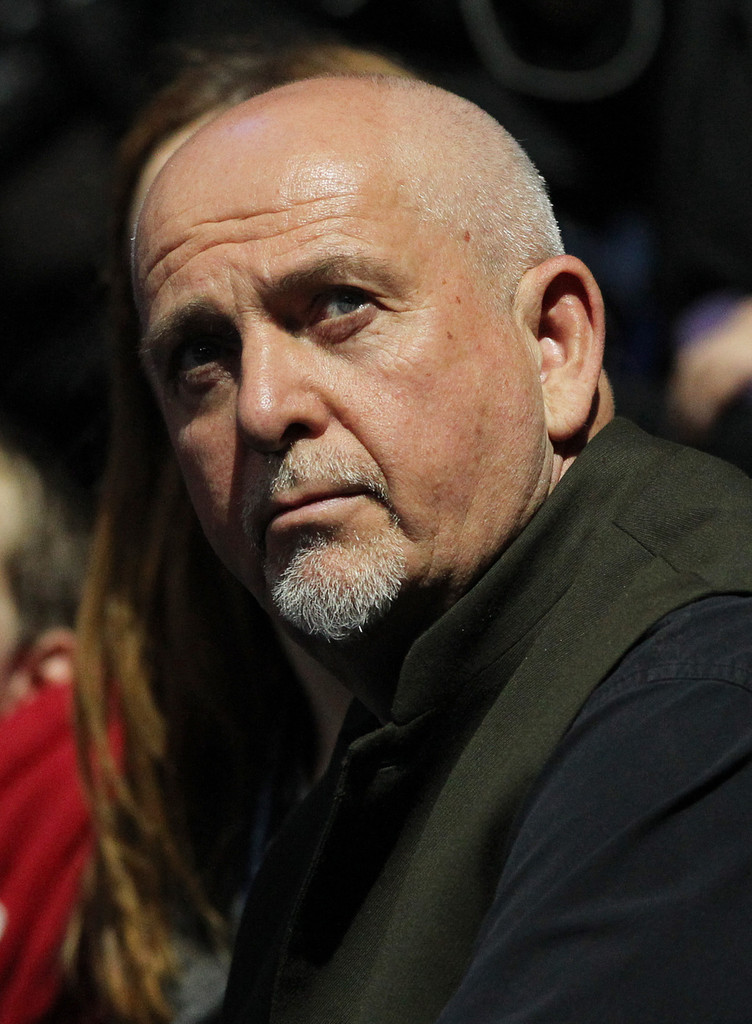 Peter Gabriel And Family At A Tennis Match 1 Of 3 Zimbio