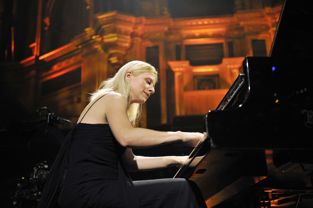 pianist valentina lisitsa performs live in concert at the